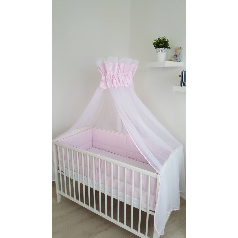 Baldachin fehér tüll és rózsaszín pamut anyagból