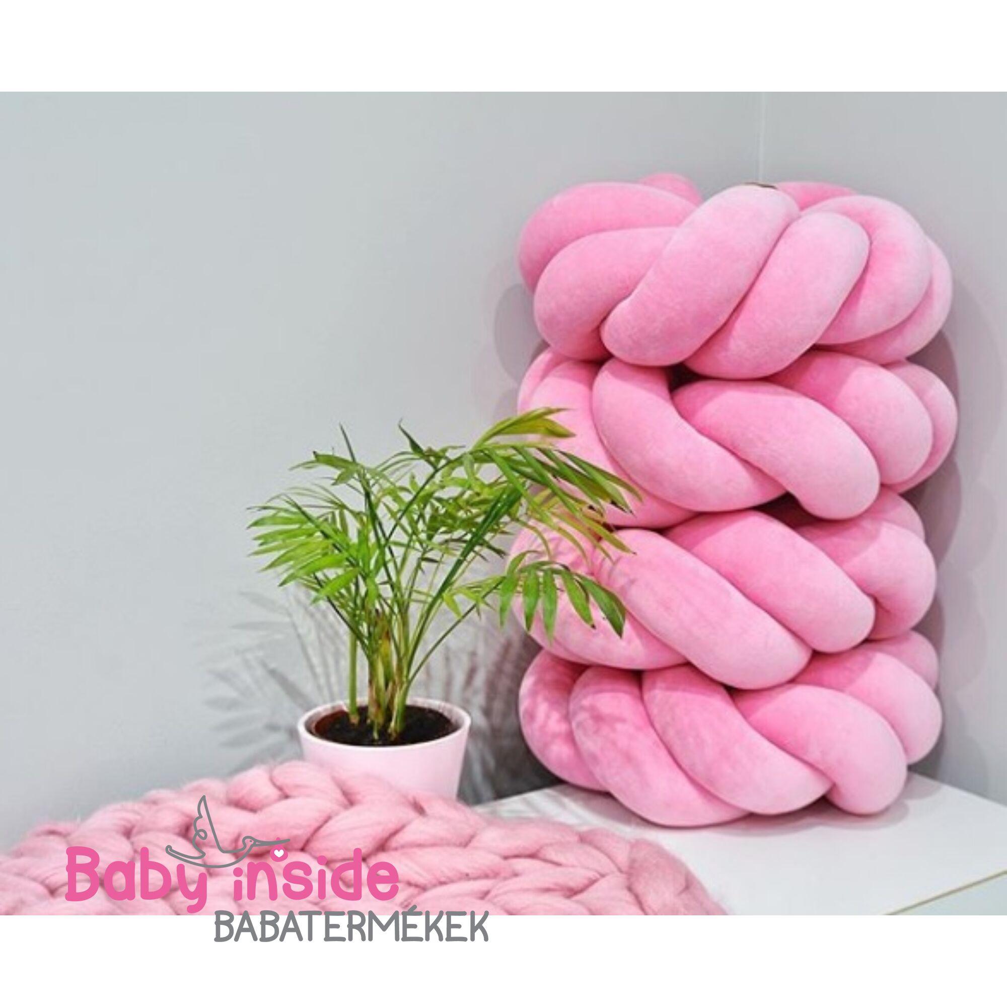 Csomó párna M-es méretben Pink
