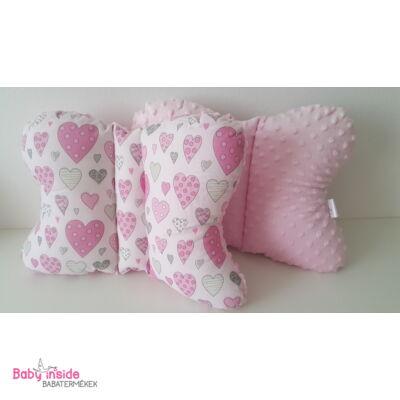 Pillangó párna rózsaszín szívecskés