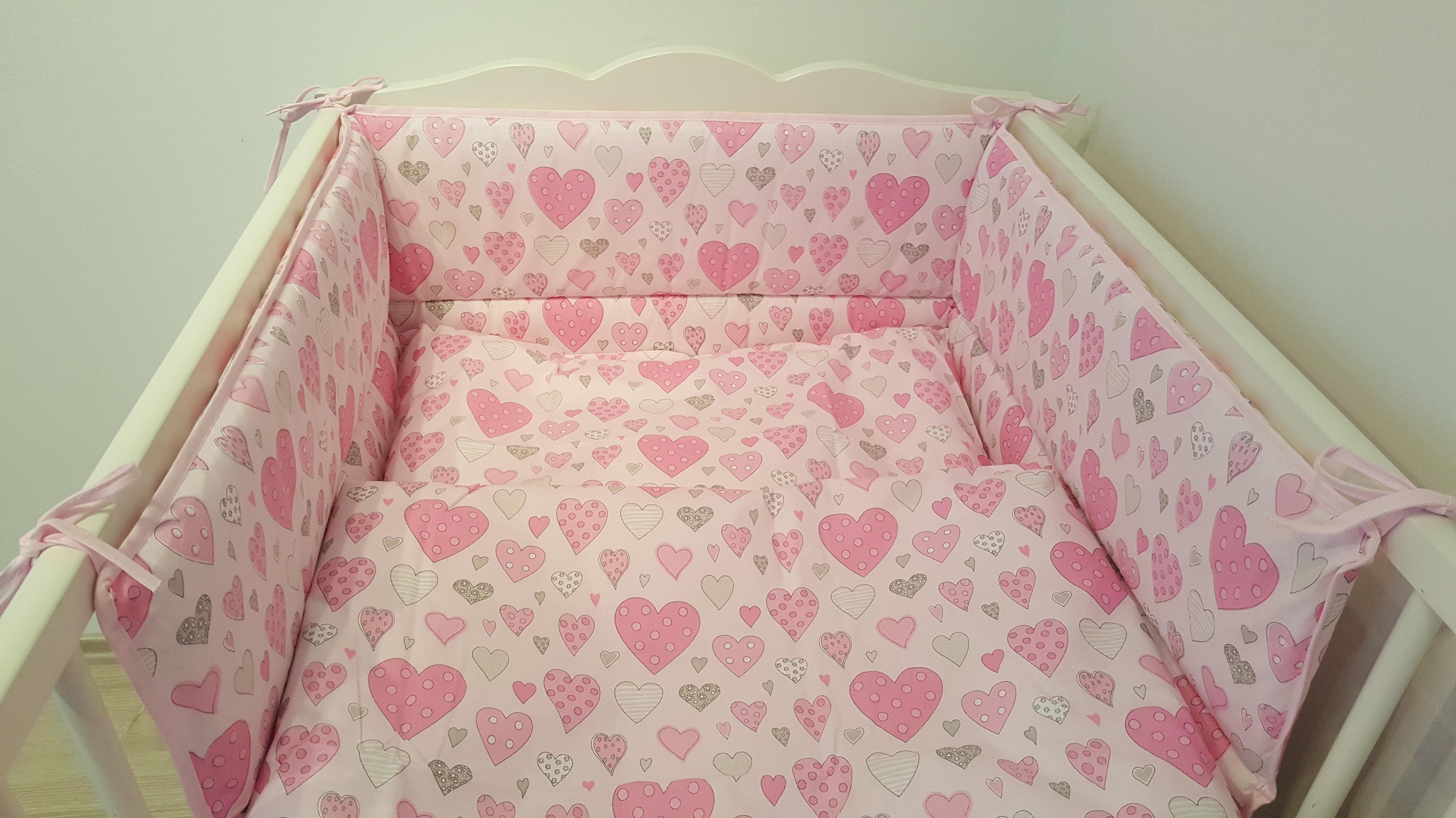 Ágyneműhuzat 2 részes rózsaszín szívecskés 100x135 cm - 100x135 cm-es  méretben - Baby Inside Babatermékek  ecb29415a9